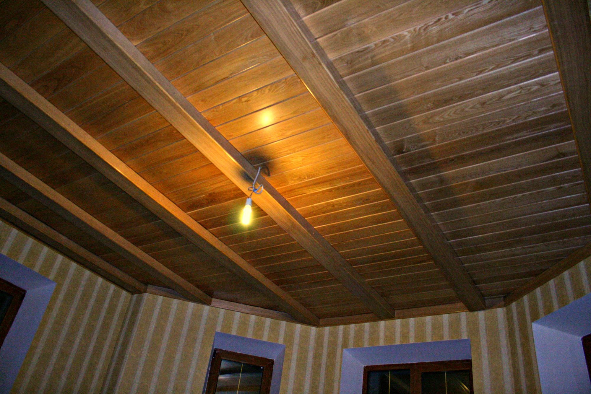 Потолок из ламината своими руками фото 88